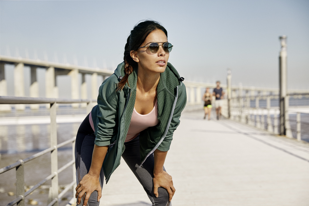 With Xperio Polarised your lens solution offers the very best UV protection. Lady wearing Essilor lenses out running.