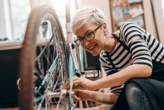 Glasses for DIY prevent eyestrain