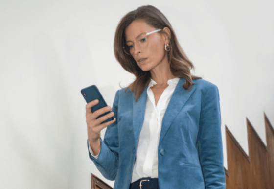 See your phone and be confident walking down stairs with Varilux X series varifocals